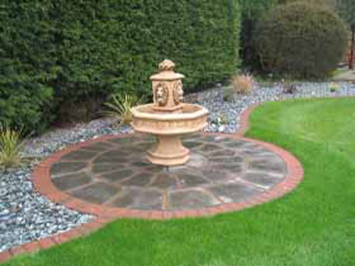 Water features and ponds for Garden design features